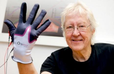glove-stroke